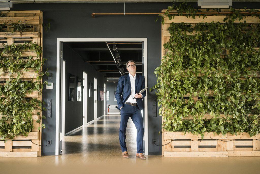 """Interview mit Prof. Dr. Patrick Velte: """"Unternehmen sollen sich in Sachen Nachhaltigkeit bewegen."""""""